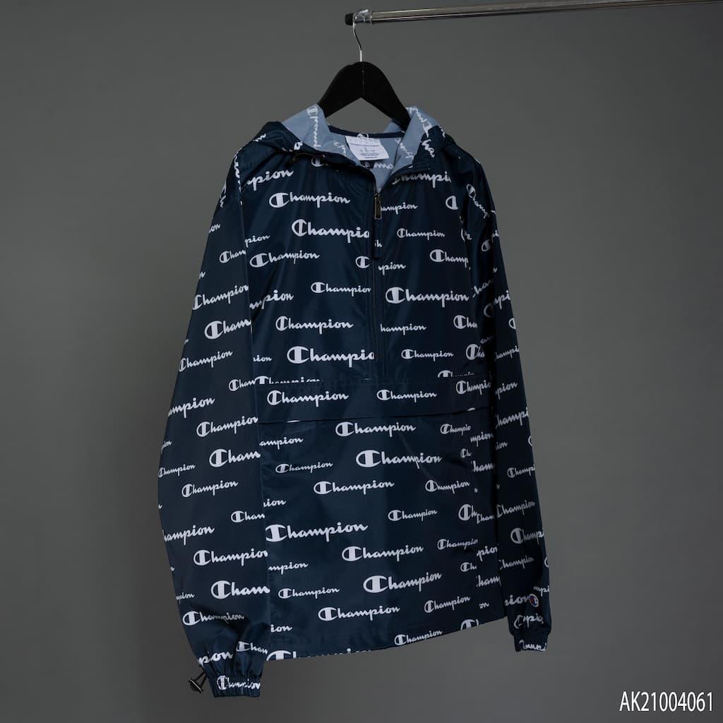 Áo khoác Champion màu xanh navy