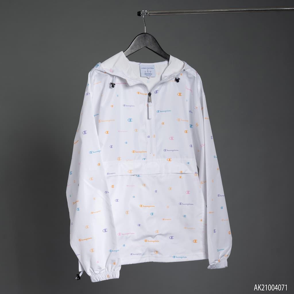 Áo khoác Champion màu trắng