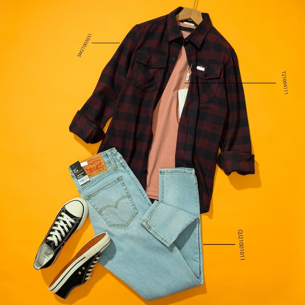 Sơ mi flannel phong cách với jeans